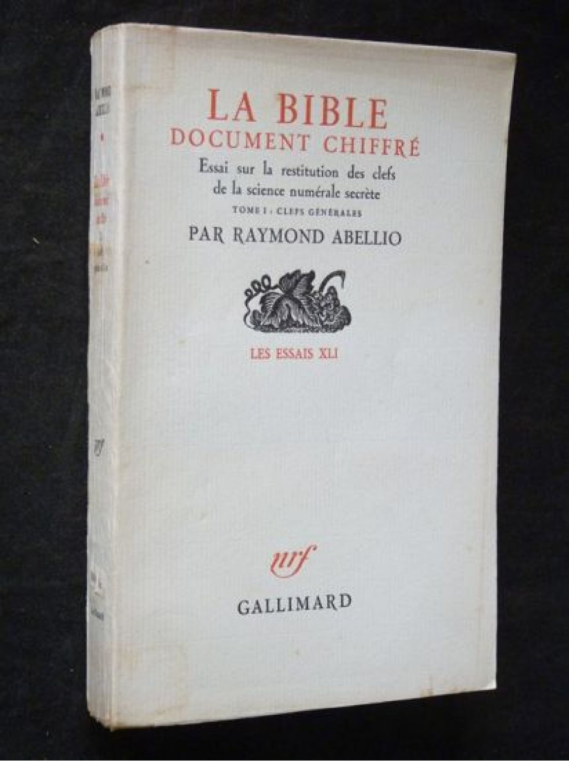 Book Of Books Traces History Of The Bible Arts