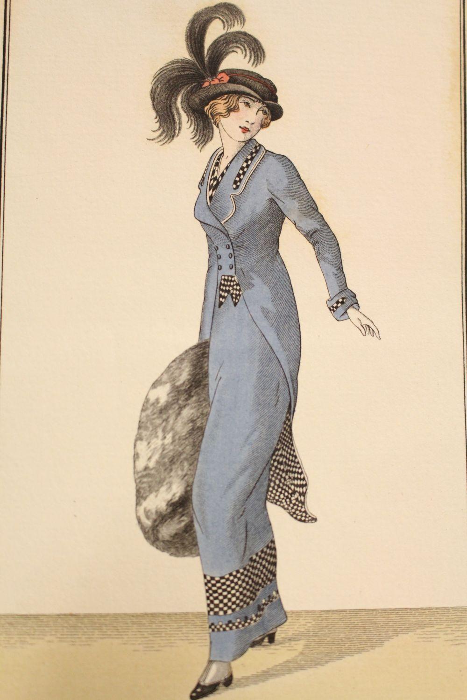 Costumes parisiens robe en velours de laine bleu avec - Velours de laine ameublement ...