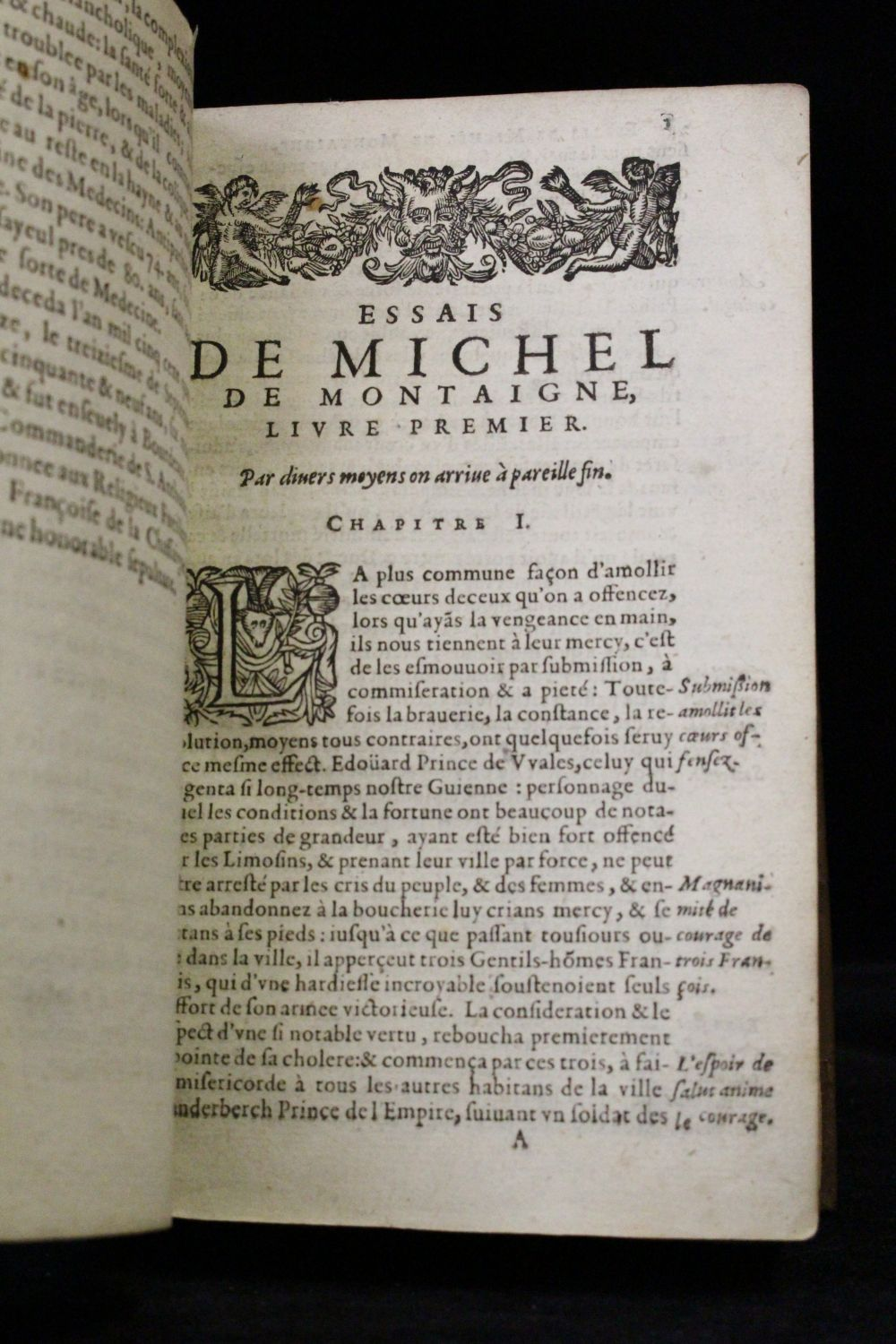 michel de montaigne les essais Buy a cheap copy of les essais book by michel de montaigne in 1572, montaigne retired to his estates in order to devote himself to leisure, reading and reflection.
